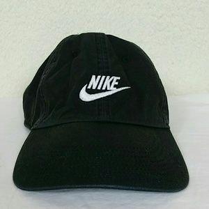 Mens Nike hat